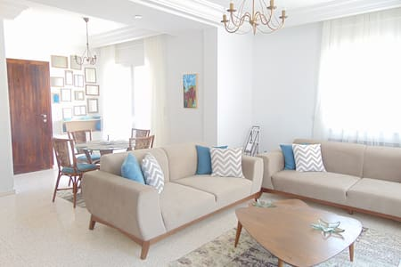 AMAZING FLAT IN HAMMAMET WITH A MODERN TOUCH. - Hus