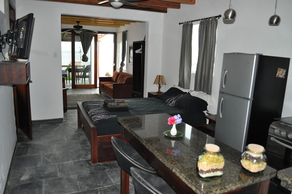"Deluxe Suite on Sandy Beach ""Molly"""
