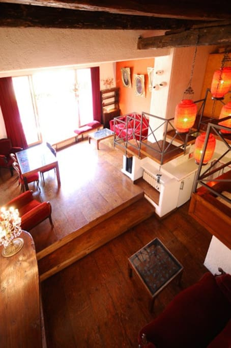 Overhead view of the apartment
