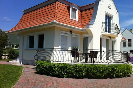 best place in Balaton, house t rent - Balatonudvari