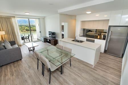 Sophisticated 2 Bedroom Apartment - Rockhampton - Departamento