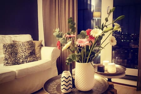 Lovely apartment with free breakfast! - Apartment