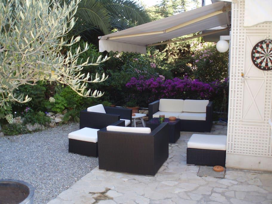 Cannes appartement 90m2 avec jardin apartments zur miete for Jardin 90m2