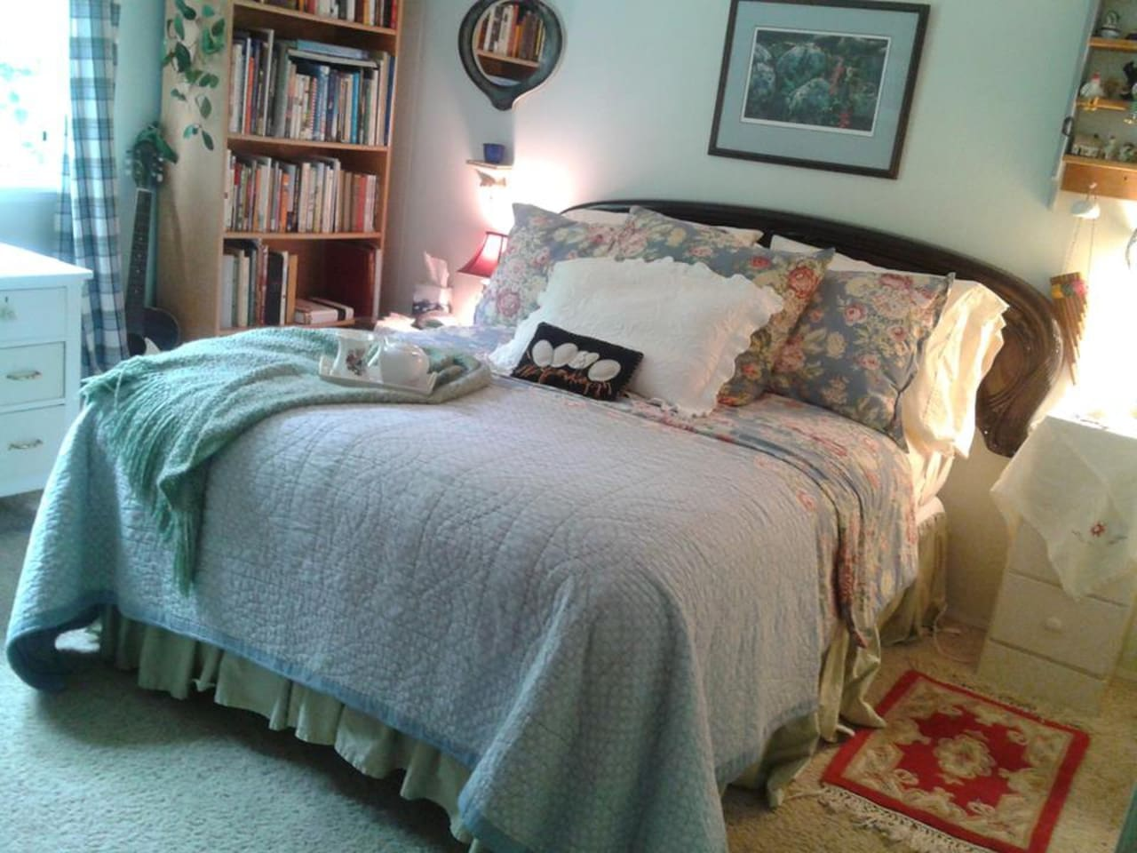A comfy bed and a clean quiet room awaits you at Pear Tree Farm
