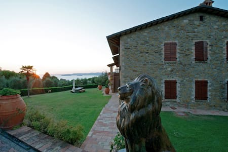 B&B Lake View - Lago Trasimeno ONE