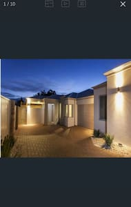 Charming, modern,secure parking - Nollamara - House