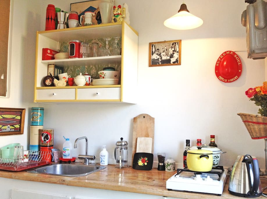 The kitchen has got soul and a lot of nice details - and everything you'll need for cooking.