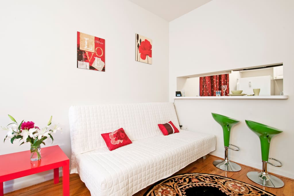 Beautiful 1 Bedroom Times Square