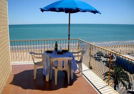 A Room with a view Camera con Vista (Vasto Marina) - Apartamento