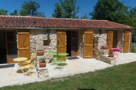 3 chambres d hotes 2 p - Bed & Breakfast