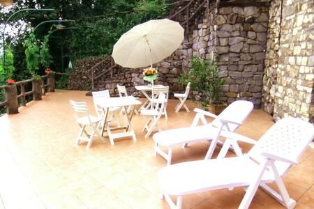 Dreamy Italian Riviera House for4/6 - Rapallo