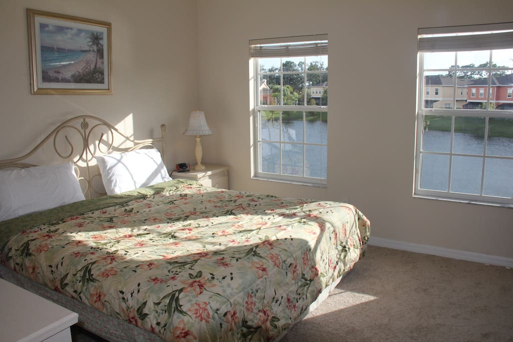 Upstair master with king bed and lake view