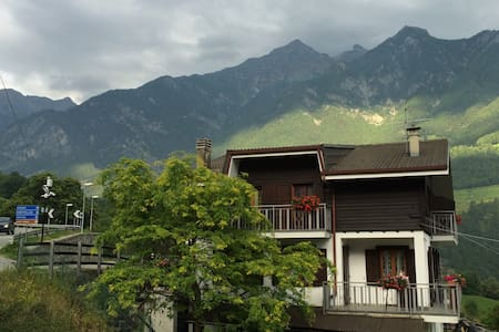 Chalet Relax in pieno sole - Challand Saint Victor - Apartment