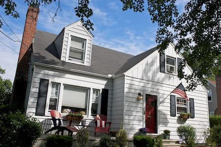 Adorable Home in Red Bank, NJ. - Rumah