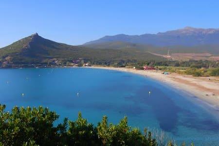 Cap Corse, vue mer et montagne - Pietracorbara
