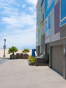 Beach Retreat! Santa Monica Venice - Marina del Rey - Apartment