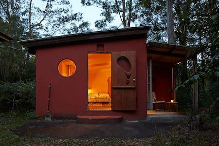 Cabin in a Bush Setting, Maleny - Kabin