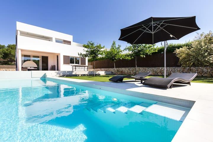 Vacaciones de lujo en menorca chalets en alquiler en - Casas de lujo en menorca ...