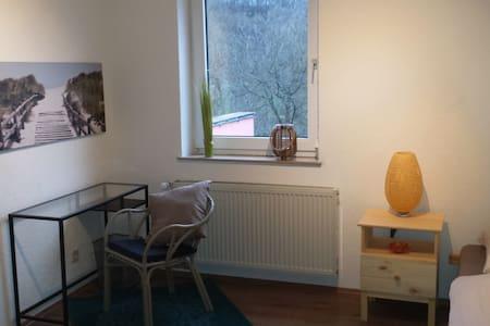 Zimmer in Ferienhaus am Fluss - Pis