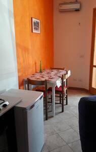 Grazioso bilocale in centro storico - Atina - Appartamento