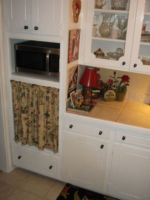 New Microwave And Kitchen Cabinets