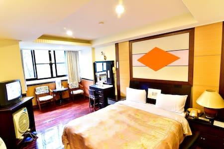 Lusan Hotspring 1-person room, close to  Cingjing - Ren'ai Township