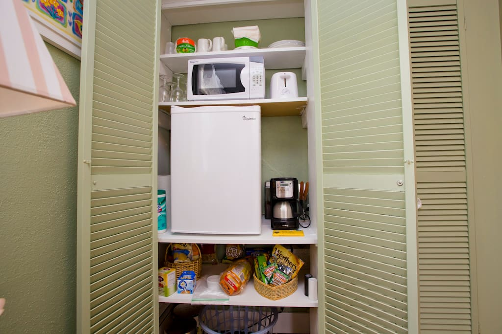 We stock a full refrig for your stay... and snacks too!