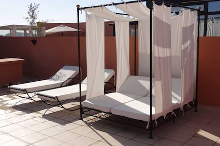 100 m2 private Roof terrace, Pool
