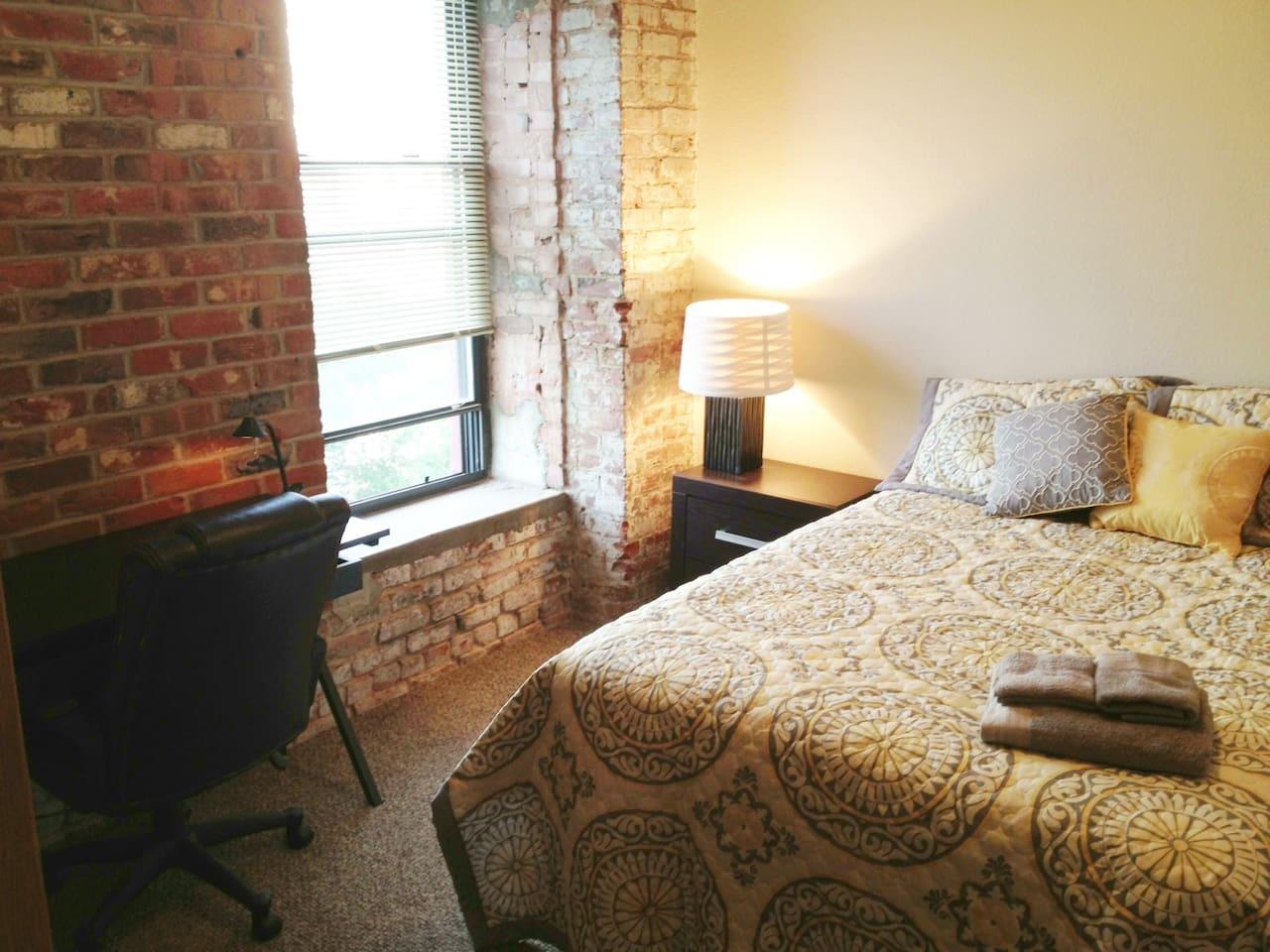 Private room in old market loft