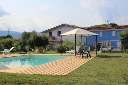 Country villa,swimming pool Tuscany - Borgo A Buggiano - Casa
