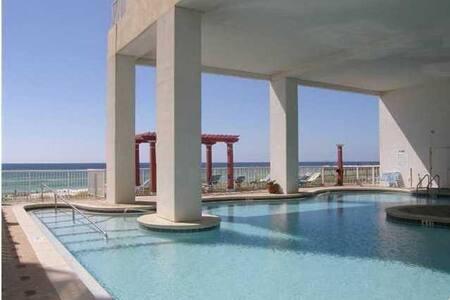Beachfront luxury - Majestic Beach Resort - Kondominium
