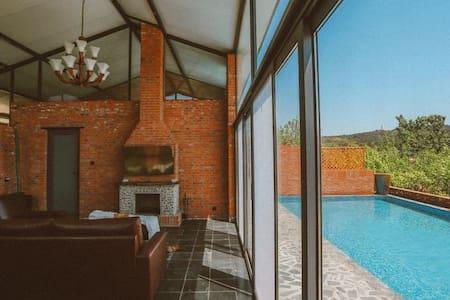 位于北戴河的红砖泳池别墅 - Qinhuangdao - Townhouse