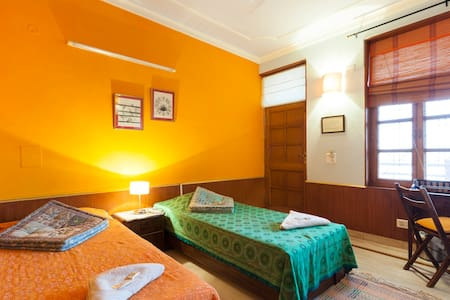GANGA VATIKA BOUTIQUE HOTEL DX ROOM - Lakás