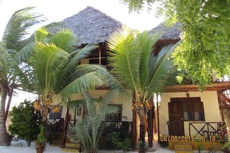 Seles Bungalows, Matemwe Zanzibar - Bed & Breakfast