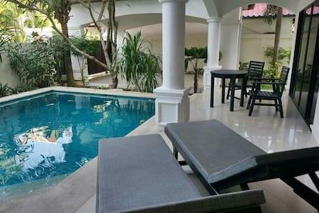 Private pool, 3 bed 3bath villa - Villa