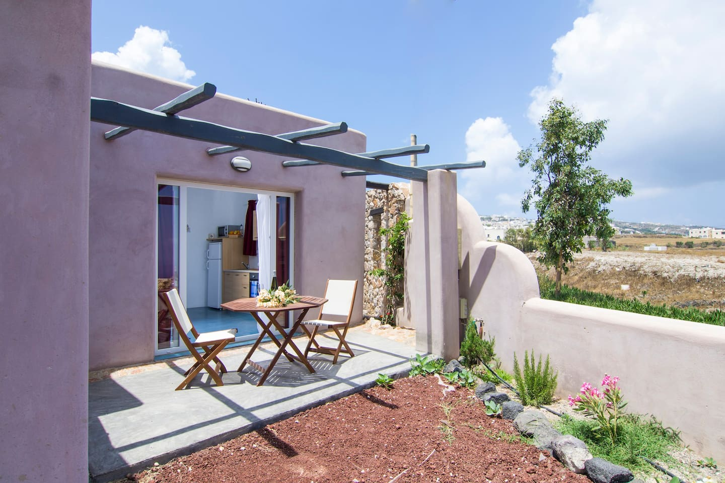 Thea-bungalows for 2 - 4 guest