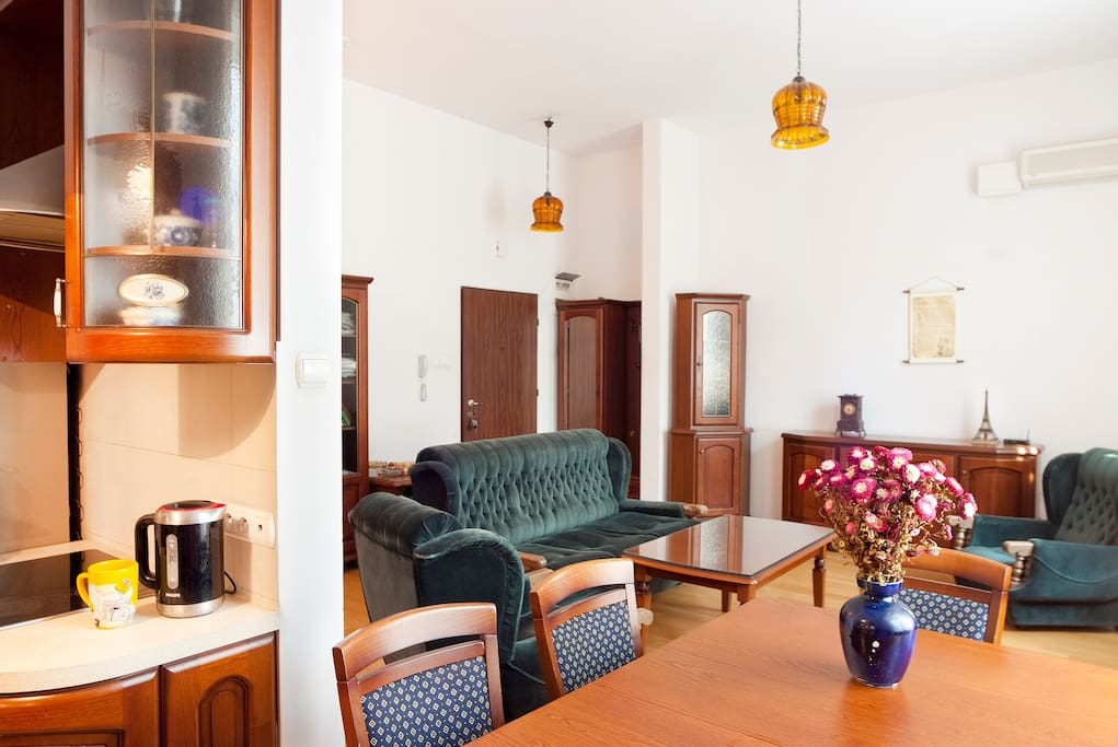 Old Town City Centre Apartment 1