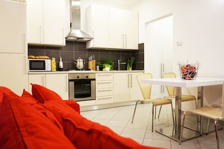 Appartamento Indipendente in centro - Lejlighed