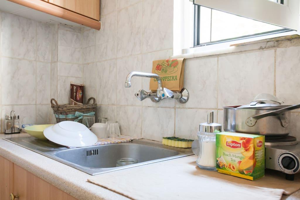 Simple & clean kitchen to make your breakfast & brunch,,