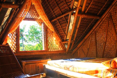 Bamboo Treehouse on Diniwid