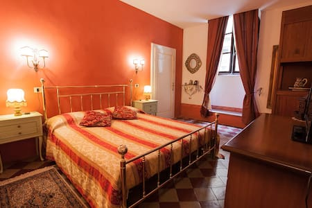 Casa Luna - 4 min. from free parking/main square - Apartment
