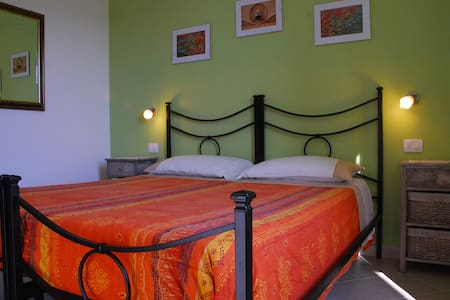 LA RIPA MINI APPARTAMENTO CON CUCIN - Bed & Breakfast