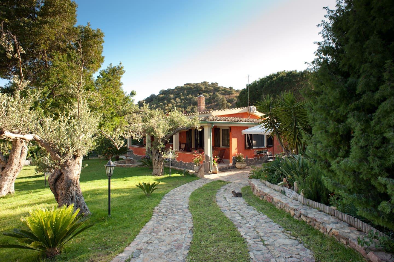 Villa, South Sardinia, Villasimius