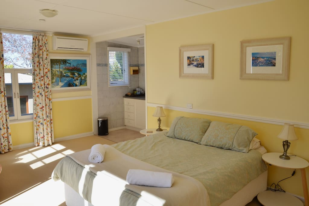 Spacious open plan bedroom/living area
