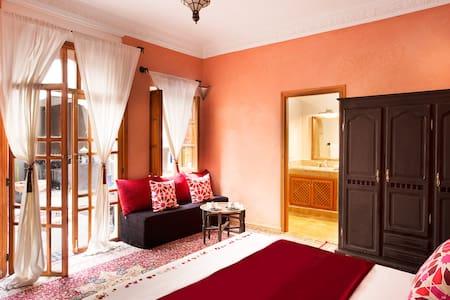 Suite Luxe Bordeaux - Marrakech - Bed & Breakfast