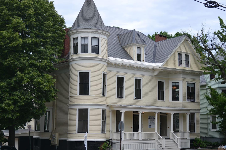 Victorian Home, Parkside Neighborhood