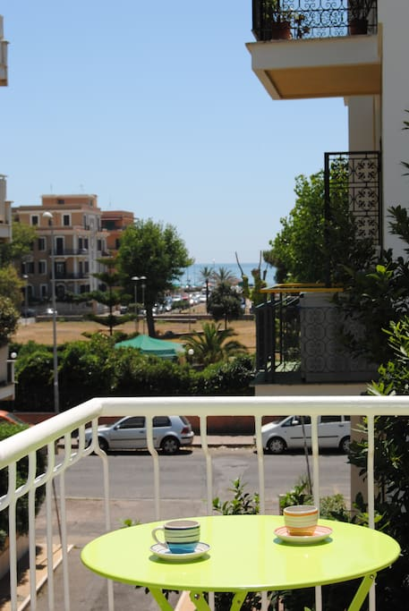 visit rome with sea view