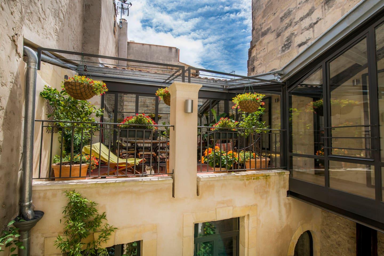La terrasse vue du palier