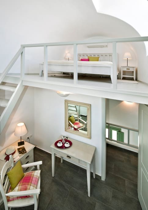 Loft with queen size bed