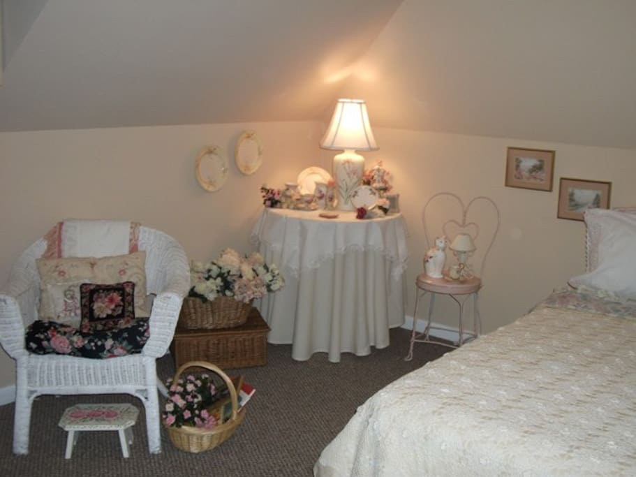 """The """"Rose Room"""" Is On The Second Floor.  This Room And The """"Hydrangea Room"""" Are Attic Style.........."""